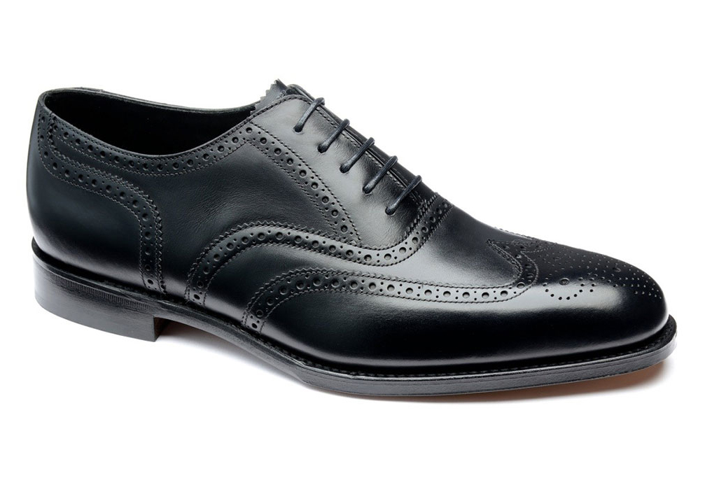 28fa89b26485 Loake's Buckingham, like the palace, is elegant and timeless. The calf  leather upper of the Loake Buckingham has an understated brogued effect.